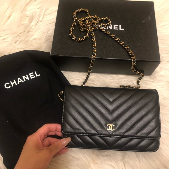 Chanel Classic chevron Woc wallet on chain